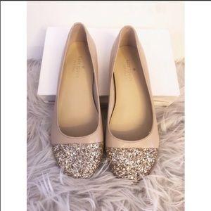 ✨KATE SPADE  GOLD GLITTER BALLERINA FLATS SZ 5.5✨
